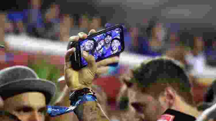 Neymar e Anitta assistem ao segundo dia de desfiles com Gabriel Medina e Nenê - Sergio Moraes/Reuters - Sergio Moraes/Reuters