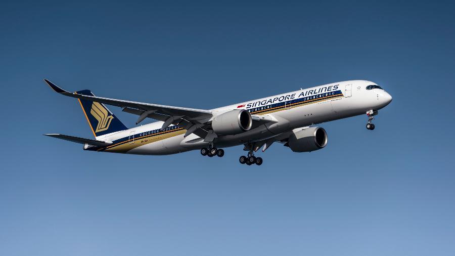 Passageiros a bordo do Airbus A350-900 da companhia terão 4 refeições durante as 18 horas de voo - Divulgação/Singapore Airlines