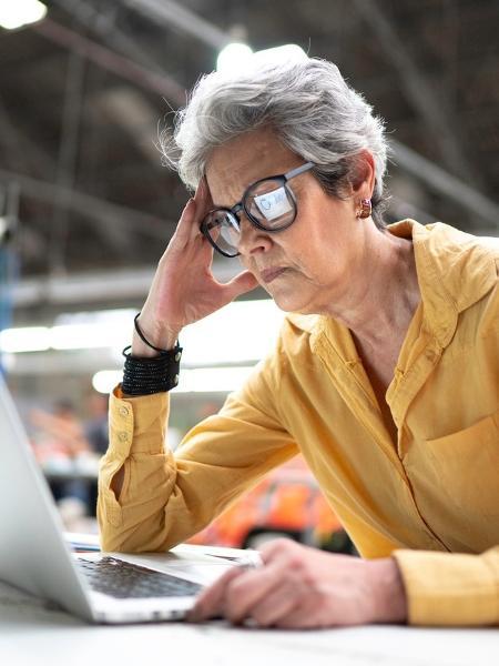 Home office tem causado exaustão? Entenda o que astrologia diz sobre tema - FG Trade/Getty Images
