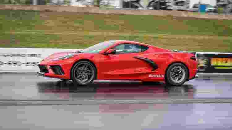 Corvette C8 'mexido' durante participação em corrida de quarto de milha disputada na Virgínia - Divulgação - Divulgação