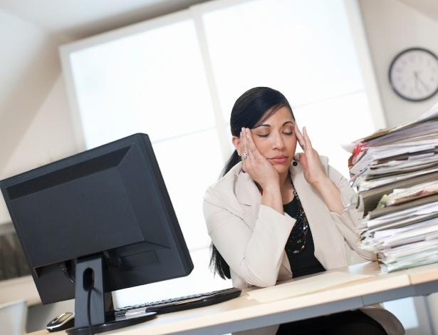 As mulheres têm mais dificuldade em dizer não e acabam desempenhando mais papéis - Getty Images