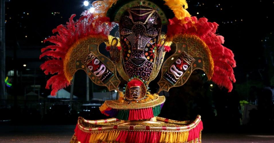 """Keron Fang leva """"The Congo Man"""" para o Parque Savannah, em Trindade e Tobago"""