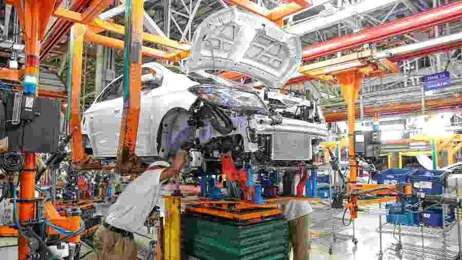 Fábrica da GM em Gravataí (RS) produz Onix e Onix Plus e também vai parar a produção de automóveis durante cerca de 2 semanas - Omar Freitas/Agência RBS/Folhapress