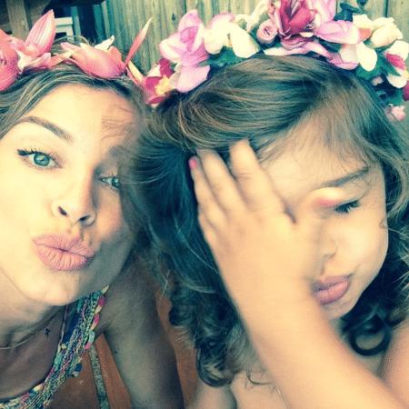 Grazi Massafera posa com a filha, Sofia, para foto - Reprodução/Instagram/massafera