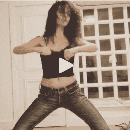 Claudia Ohana faz coreografia empolgada - Reprodução/Instagram