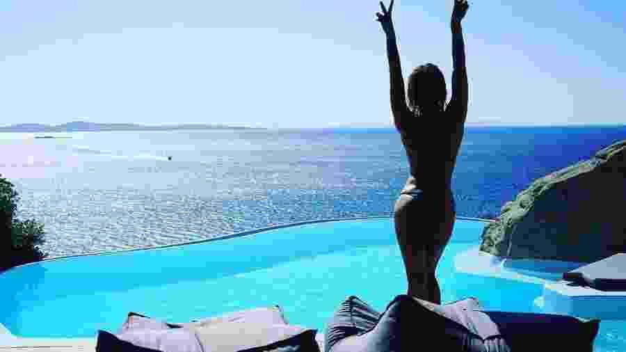 Giovanna Ewbank faz topless na Grécia - Reprodução/Instagram