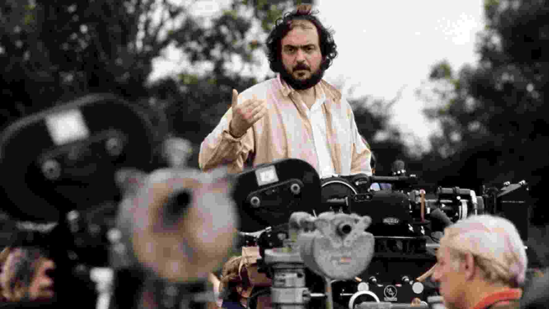 """Stanley Kubrick durante gravações de """" Barry Lyndon"""" (1975) - Divulgação"""