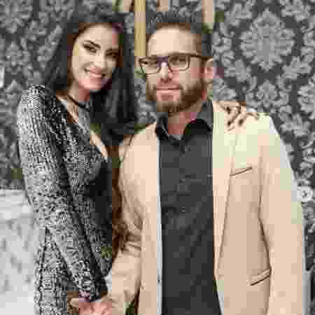 Thayra Cadorini com o marido, o sertanejo Hudson - Reprodução/Instagram - Reprodução/Instagram