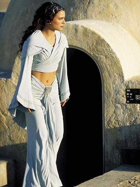 """Natalie Portman como Padmé em """"Star Wars: Episódio II - Ataque dos Clones"""" - Divulgação/Lucasfilm"""