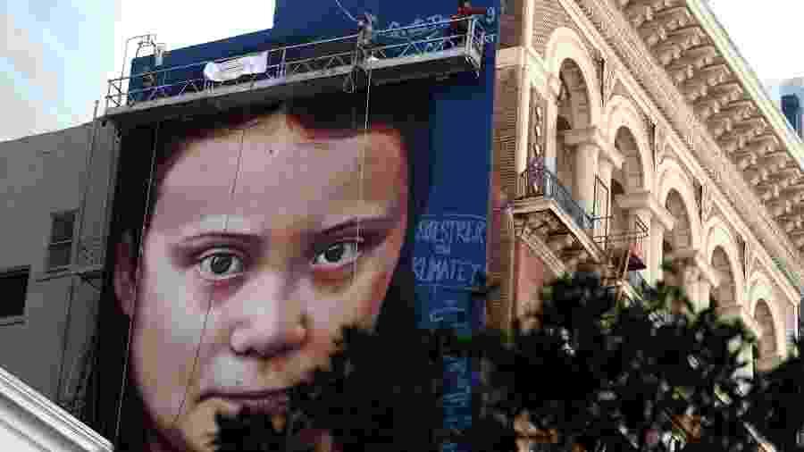 Mural de Greta Thunberg em São Francisco - Justin Sullivan/AFP