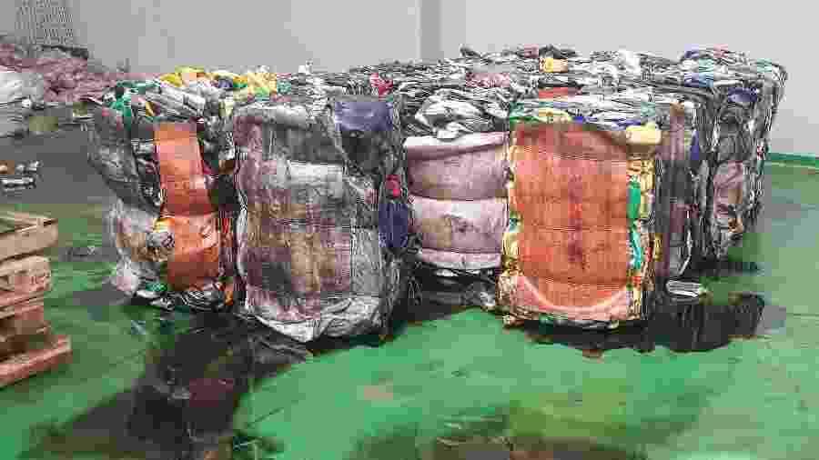 Com a tecnologia da Eco Panplas, embalagens com restos de óleo são recicladas sem o uso de água na descontaminação - Divulgação