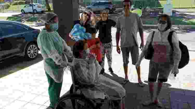 Dona Vitalina com a família - Arquivo Pessoal - Arquivo Pessoal