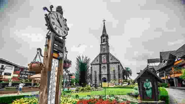 Centro de Gramado, que atrai turistas por seu clima e belezas naturais, e que promete ganhá-los por sua produção de azeite - Getty Images - Getty Images