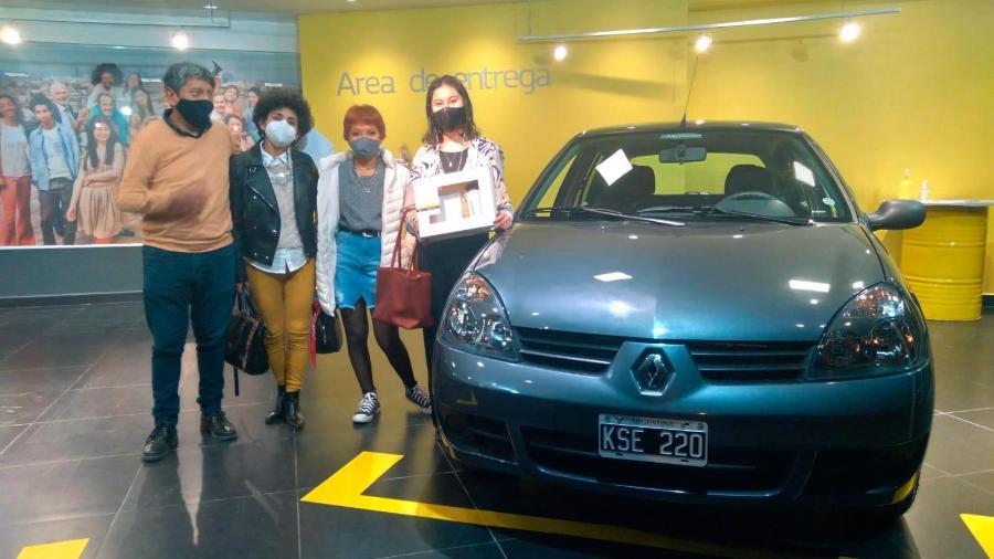 Último Renault Clio feito na Argentina é entregue - Divulgação