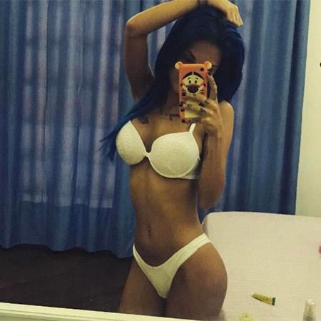 Tati Zaqui arranca suspiros dos fãs ao postar foto de lingerie - Reprodução/Instagram