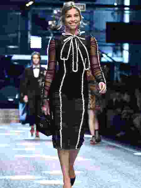 A atriz Grazi Massafera desfila para a grife Dolce & Gabbana - Getty Images - Getty Images
