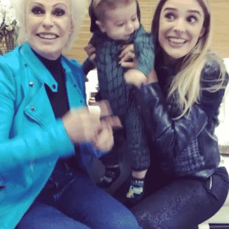 Ana Maria Braga brinca com Rocco, filho de Rafa Brites - Reprodução/Instagram/rafabrites