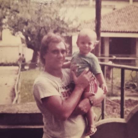 Marcelo Rezende com o filho, Diego, em foto antiga - Reprodução/Instagram