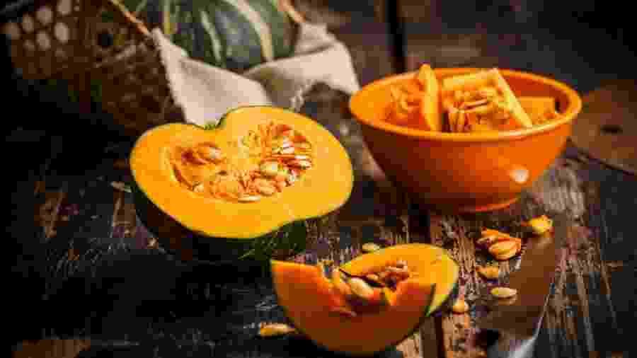Rica em betacaroteno, potássio e vitamina C, a abóbora é ótima opção para a saúde - iStock