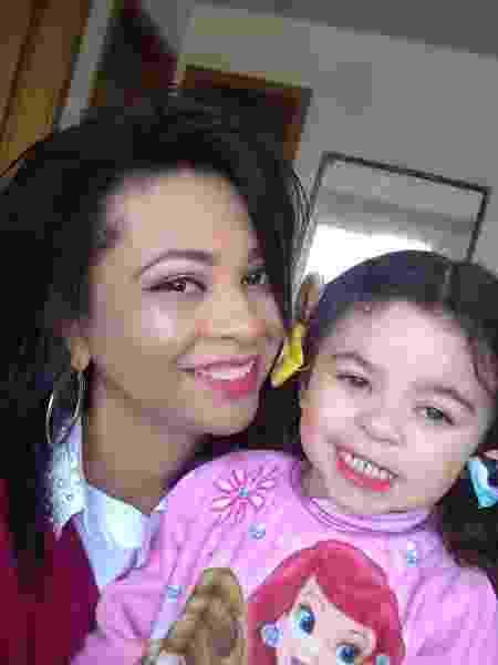 A maquiadora Eliane com sua filha Manuelly, de 3 anos - Arquivo pessoal