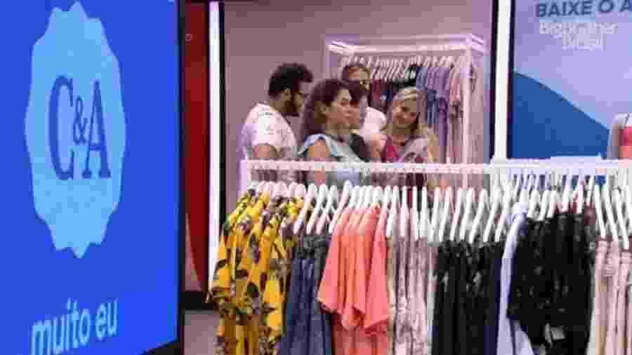 BBB 20: Brothers participam de gincana com roupas - Reprodução/Globoplay