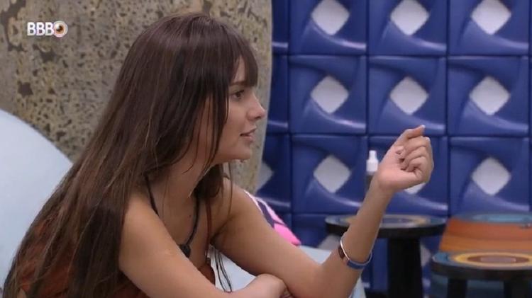 BBB 21: Thaís comenta sobre fuga do paredão de Gilberto - Reprodução/Globoplay - Reprodução/Globoplay