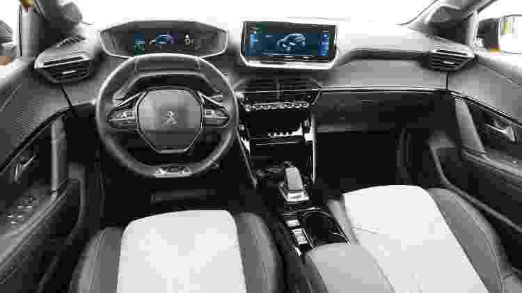 Peugeot e-208 GT - Divulgação - Divulgação