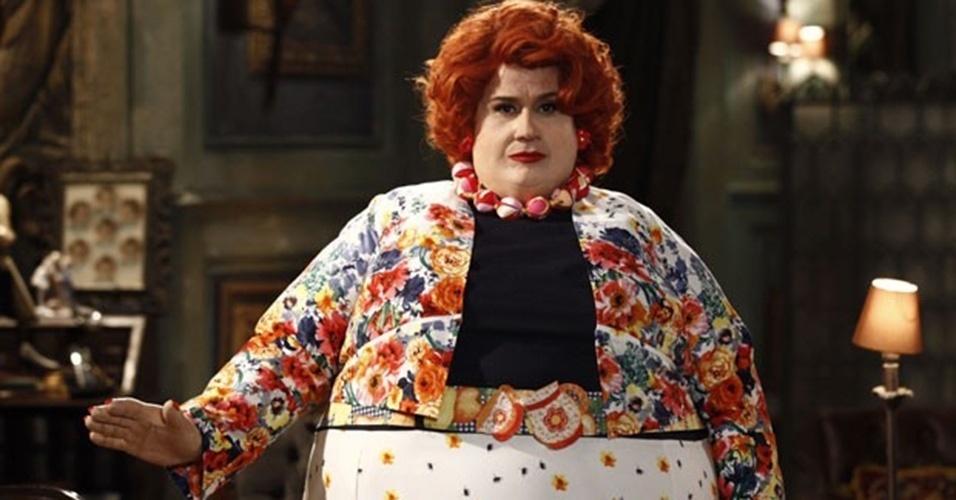 """Em """"Saramandaia"""", no ar em 2013, Vera Holtz apareceu assim como a Dona Redonda. A atriz levava quatro horas para a caracterização da personagem"""