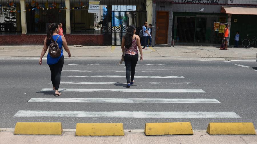 Atravesse na faixa de pedestres - Antonio Cicero/Photo Press