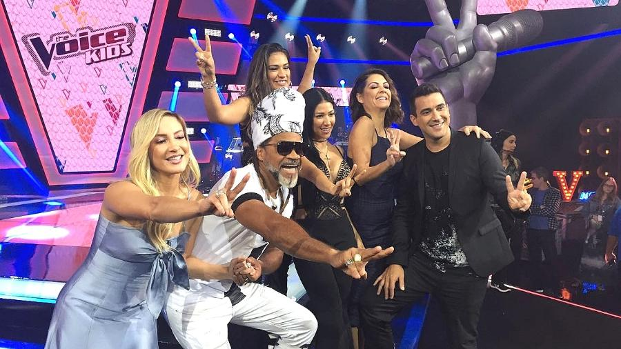 """Claudia Leitte, Carlinhos Brown, Simone, Simaria e André Marques apresentam a nova edição do """"The Voice Kids"""" - Giovani Lettiere/UOL"""