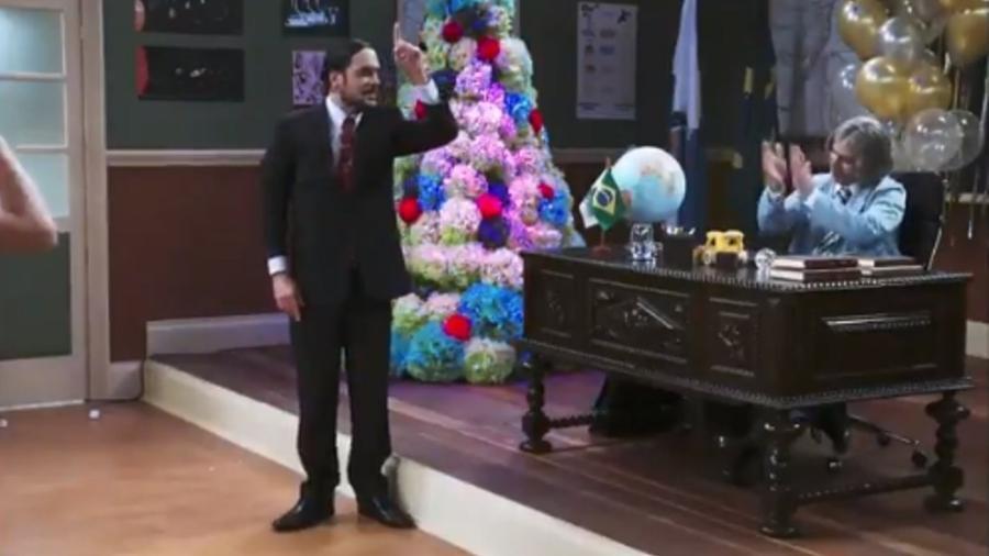"""Chico Anysio é homenageado por personagens da """"Escolinha do Professor Raimundo""""  - Reprodução/TV Globo"""