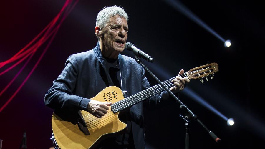 Chico Buarque apresenta para a imprensa duas canções da turnê Caravanas, na casa de espetáculos Vivo Rio - Bruna Prado/UOL