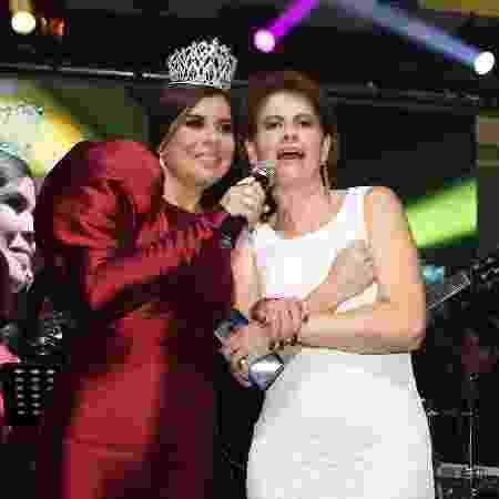Mara canta com Narjara em sua festa de 50 anos - Thiago Duran/AgNews - Thiago Duran/AgNews