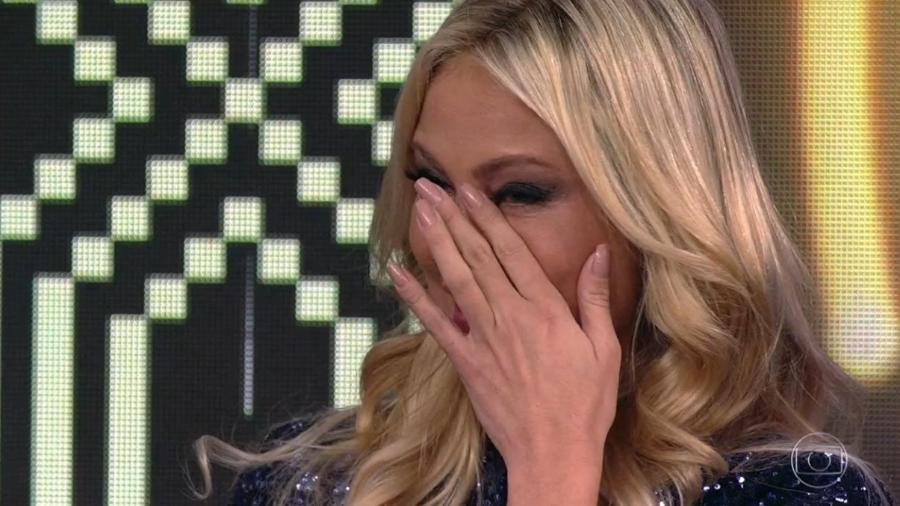 """Ellen Roche se emociona no """"Domingão do Faustão"""" - Reprodução/Globo"""