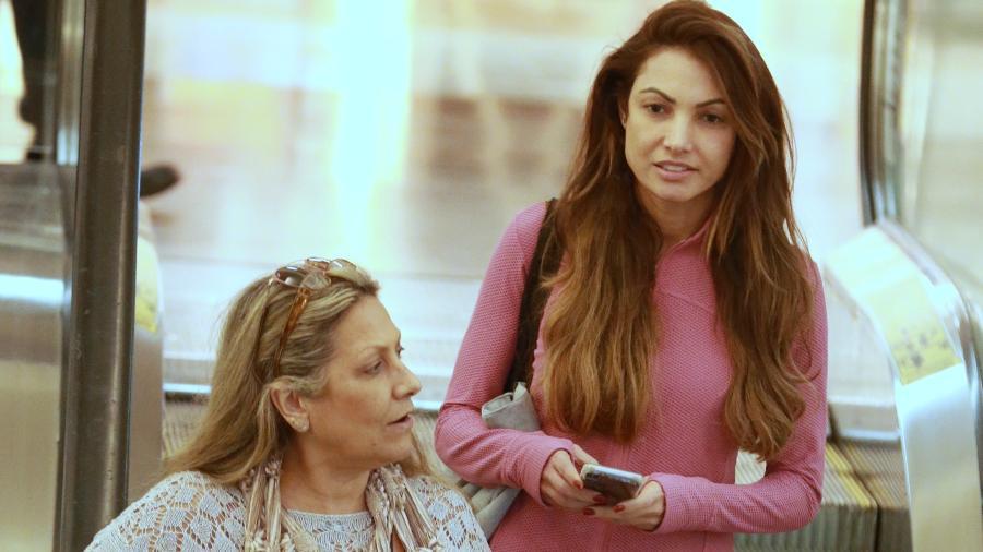 Com a mãe, Patricia Poeta é vista circulando em shopping no Rio de Janeiro - Thiago Martins/AgNews
