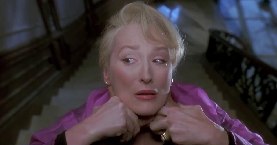 """Meryl Streep em cena de """"A Morte lhe Cai Bem"""" (1992)"""