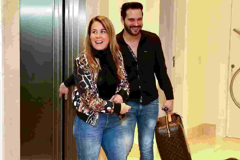 Zilu Camargo se choca ao chegar a sua festa surpresa com o namorado, o empresário Marco Ruggiero - Manuela Scarpa/Brazil News