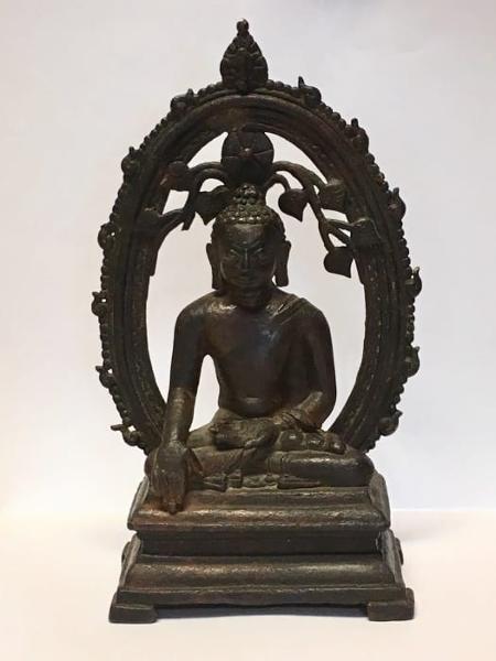 A estátua de bronze que foi devolvida às autoridades indianas - AFP