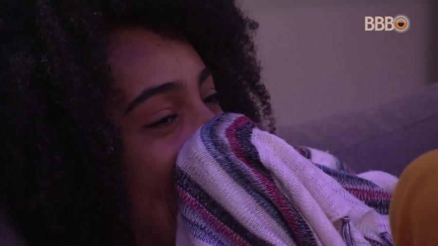 Gabriela se emociona durante o cinema do líder - Reprodução/GloboPlay