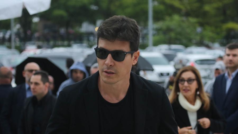 Apresentador Rodrigo Faro chega ao velório de Gugu Liberato  - Amauri Nehn/Brazil News