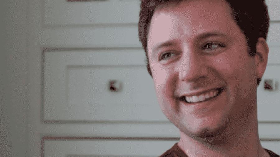 Doug Lindsay passou anos com doença misteriosa. Decidido a encontrar uma resposta, ele se dedicou a pesquisar por conta própria e acabou inventando a cirurgia que o curou - Arquivo pessoal