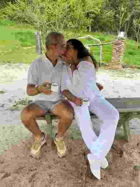Regina Casé e o marido, Este?va?o Ciavatta - Reprodução/Instagram @reginacase
