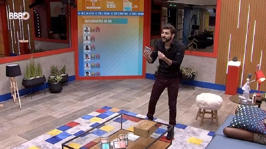 BBB 21: Caio, João e Gilberto criam teorias de paredão surpresa - Reprodução/Globoplay