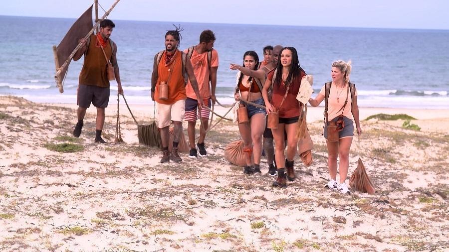 No Limite: Participantes só andam com uma corda fora da tribo - Divulgação/Globo