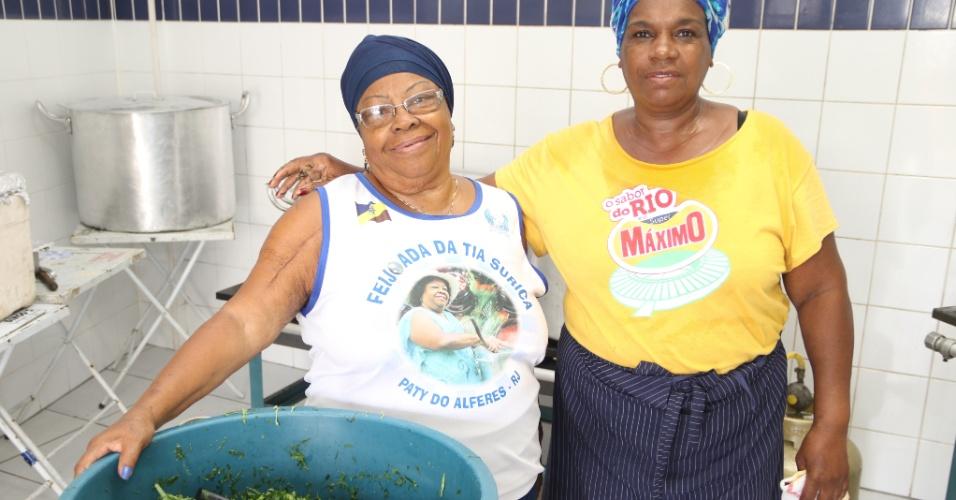 Tia Surica é responsável pela feijoada da Portela