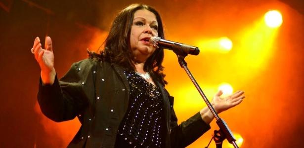 A cantora Amelinha, que se apresenta nesta sexta de Carnaval (5) em Fortaleza