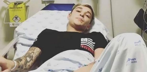 No hospital, MC Gui manda recado para os fãs após ser atropelado por moto em São Paulo  - Reprodução/Instagram/MCGui