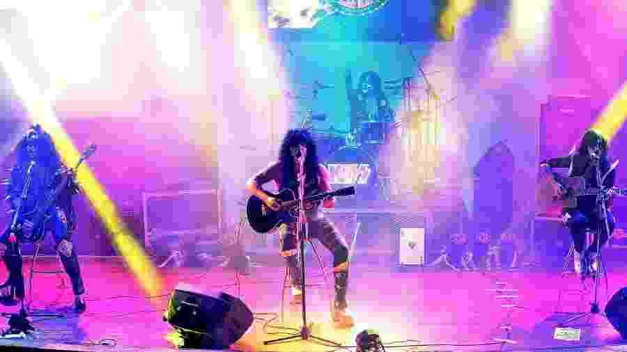 Os integrantes da banda cover Kiss Alive Tribute Argentina - Reprodução/Facebook