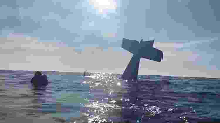 Vídeo gravado pelo David Lesh depois de cair na água em Half Moon Bay, na Califórnia - Reprodução