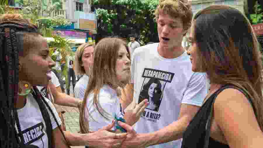 Malhação: Leila se queixa de ter sido hostilizada em manifestação por Rita - Globo/Estevam Avellar